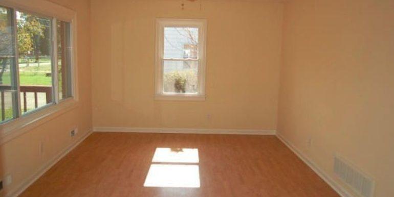 Meadowlawn Livingroom